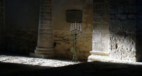 druebec-leuchter